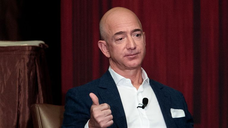 Amazon Boss offers employees $10,000 to quit theirjobs