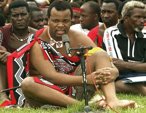 """You have to marry more than 5 wives or you die in jail"" – King Mswati III of Swaziland who married more than 15 wives orders men of Swaziland (photos)"