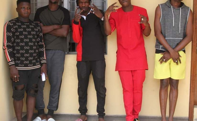 Nigerian singer Naira Marley and four others arrested by the EFCC  over Yahoo fraud