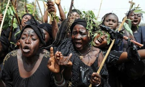 """""""Fulani Herdsmen Kidnaps Us, Use Us For Rituals And Rape Us"""" – Ondo Women Protests(Photos)"""
