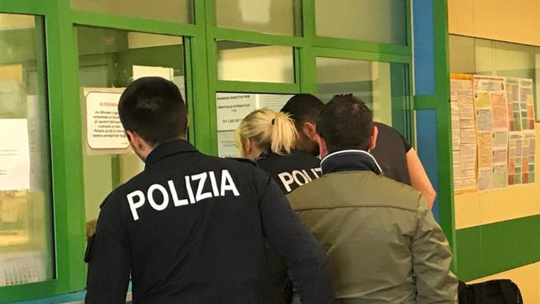Nigerian Man Bites Off Italian Policeman's Finger Who Caught Him With Drugs(photos)