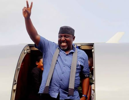 I am a lover of peace, As I walk out of this government house today, let nobody fight me and I will fight nobody – Okorocha as he Jets out of Imo govt house