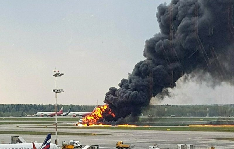 41 people dies in Russian Plane explosion (photos)
