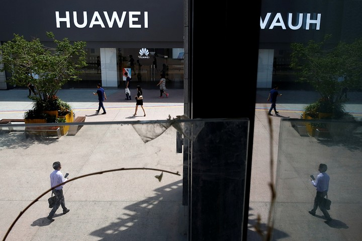 Huawei Moves To Trademark Mobile OS Around The World After U.S Ban