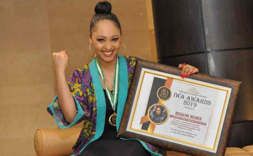 Nollywood Actress and Lead Star in Merry Men (The Real Yoruba Demons), Rosaline Meurer Bags Indigenous Female Personality Of The Year Award