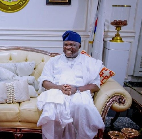We Foiled EFCC Plot Of Planting Foreign Currency In Ambode's House – Ambode'sLawyers