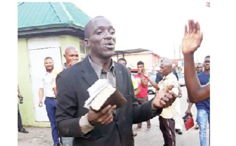 49-year-old self-acclaimed Evangelist, beaten for stealing phones from a shop he went to preach inIbadan