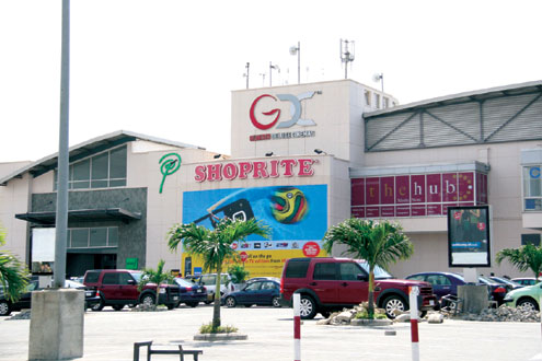 Angry Ogun Students shutdown Shoprite over Xenophobia in South Africa