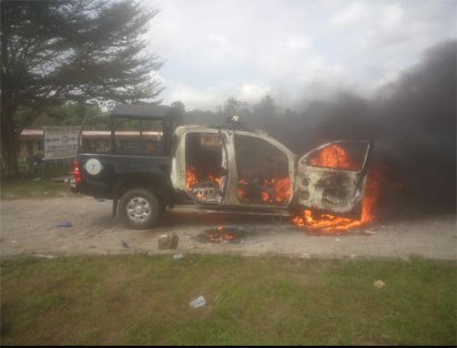 Xenophobic Attacks: Protester shoots one dead at Shoprite Lekki, burns police van