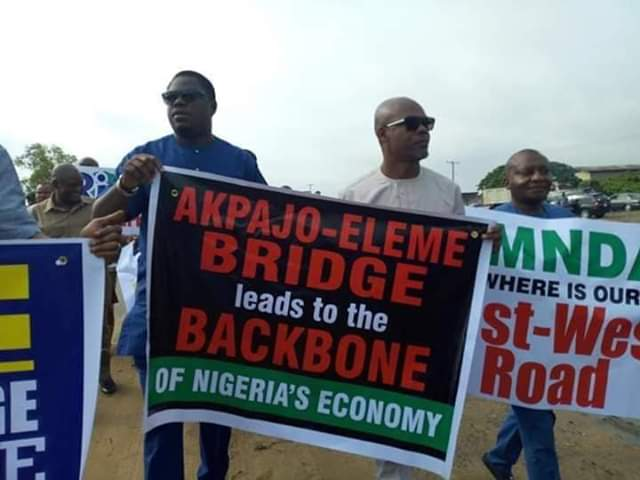 Lawmakers in Rivers state protests over Collapsing Bridge