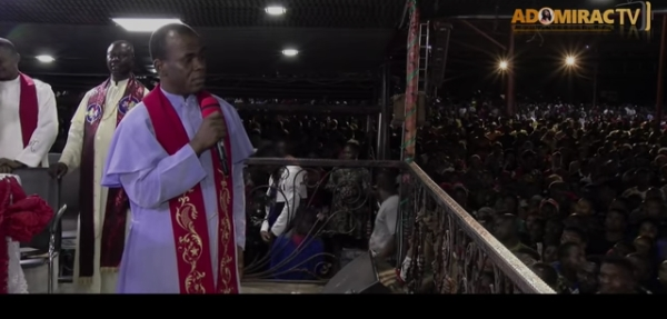 Obiano Should Resign – Father Mbaka Reacts To OnitshaFire
