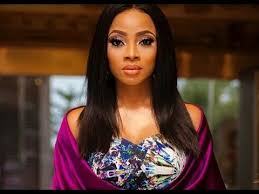 Toke Makinwa buys a car for her P.A, on her birthday (Video)