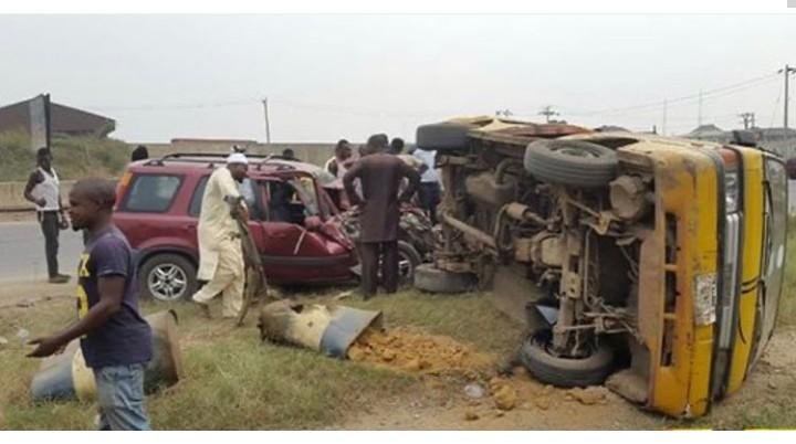 Ogun Fatal Accident: 13 Dead, 14Injured
