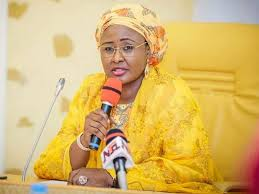 Aisha Buhari begs Kogi workers on Yahaya Bello's behalf, over unpaidsalaries