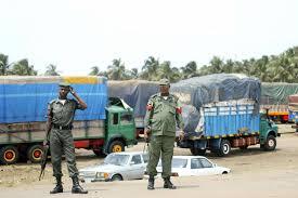 Border Closure: Smugglers create their own route to maneuvercustom