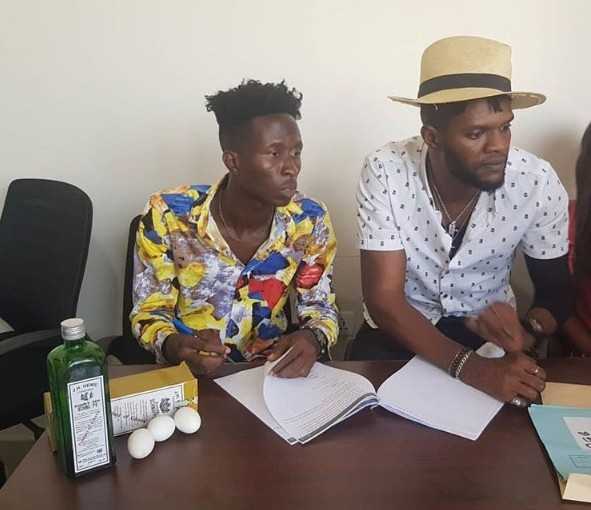 Ogidi Brown Signs Cryme With Schnapps And Eggs (Photos)