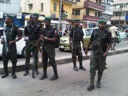 Checkpoint Policemen In Ekiti Asks Drivers To Pay Them Via Bank Transfer