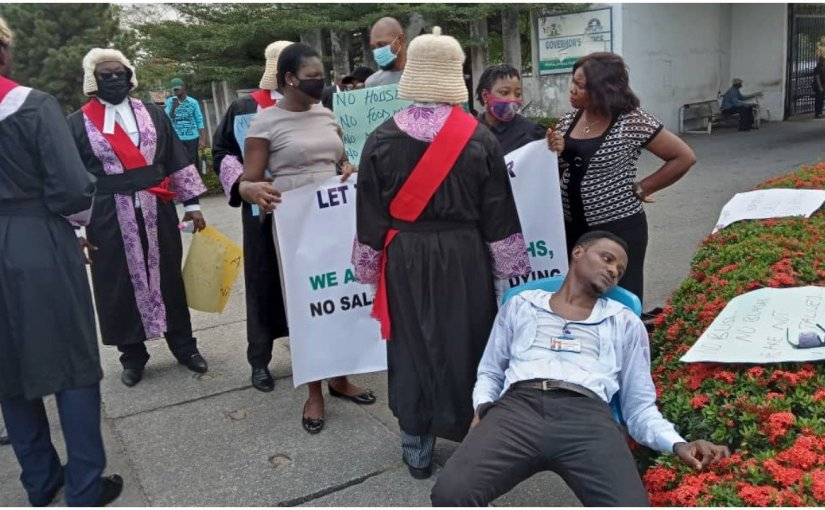 Protest In Cross River: Magistrate Slumps At The Government House